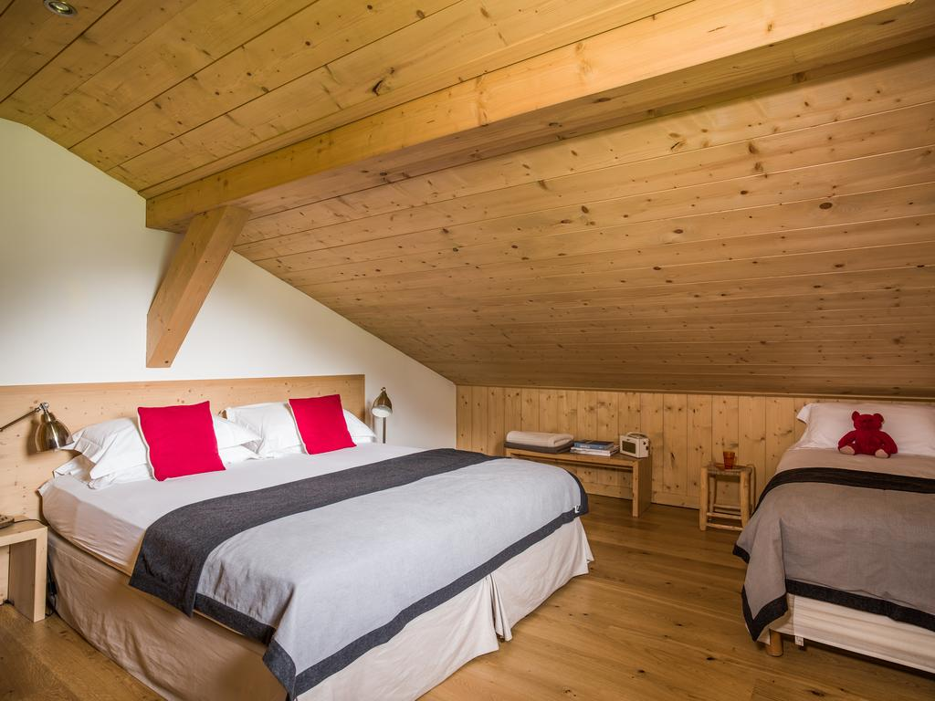 Chalet for 8 people, French Alps