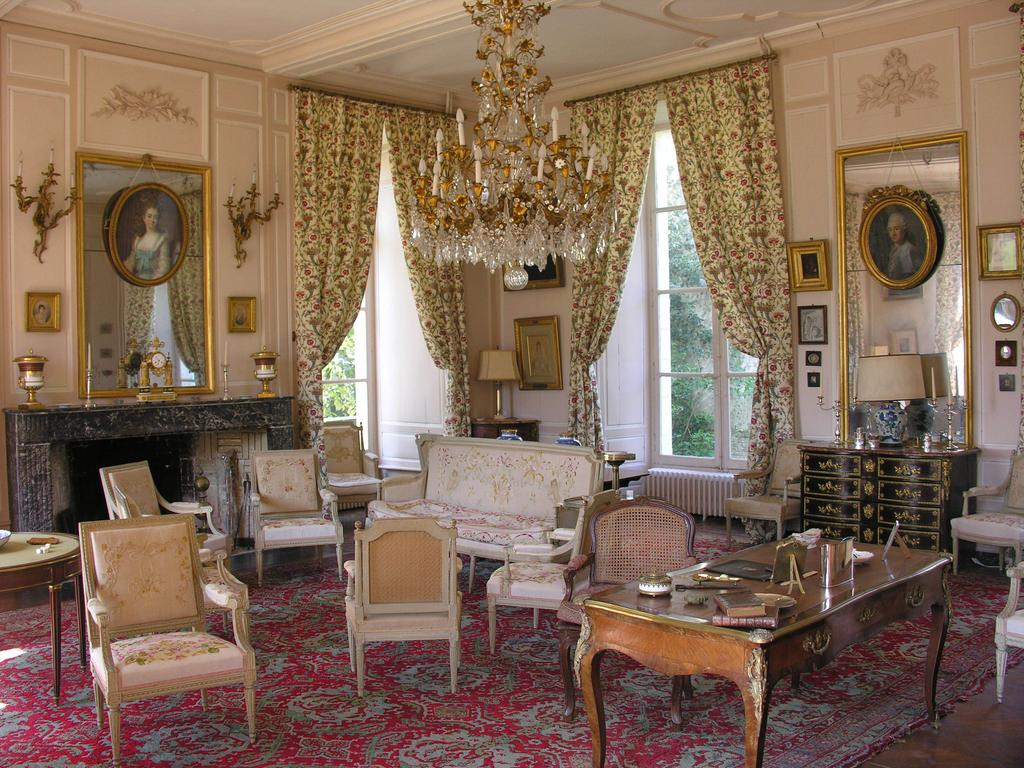 Grand Salon, Chateau de la Barre