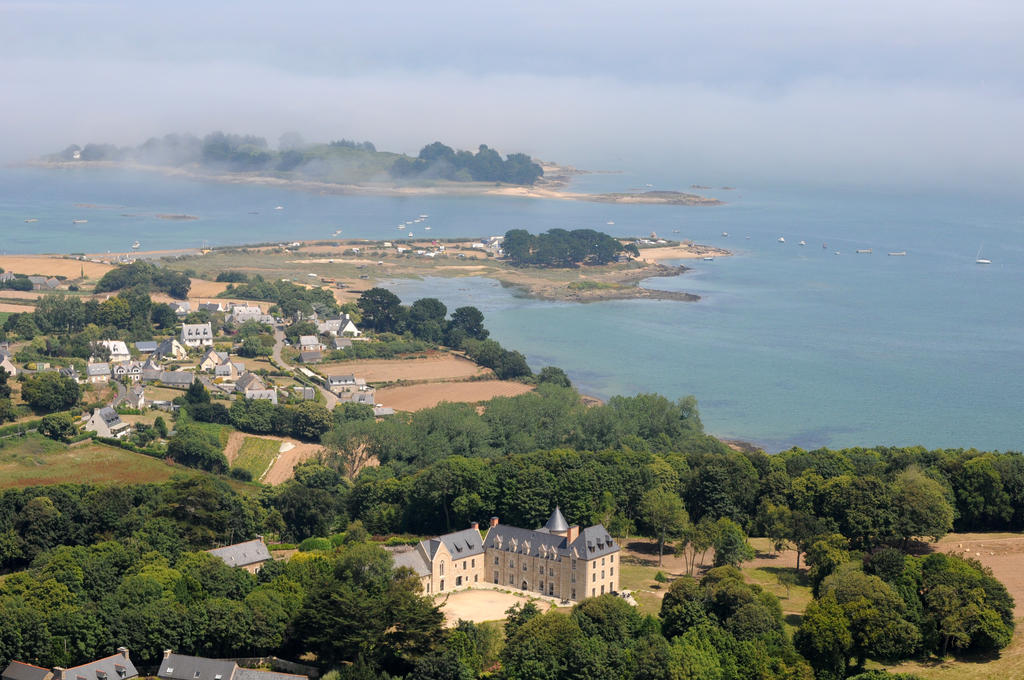 Country hotel, Brittany coast