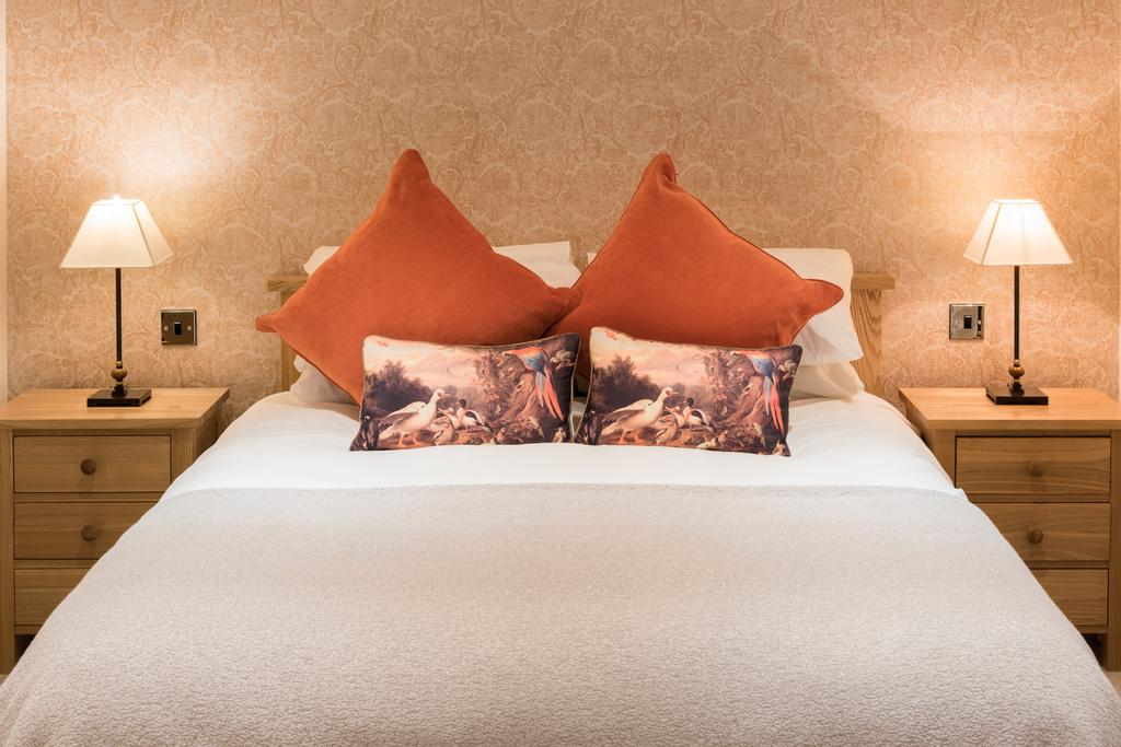 Deluxe double room, Cold Cotes