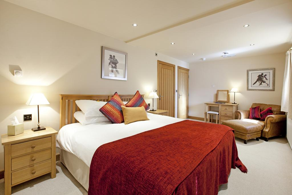 Deluxe double room, Cold Cotes Guest House