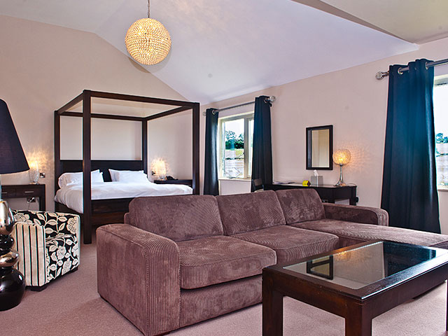 Lytham Suite, Peak Edge Hotel