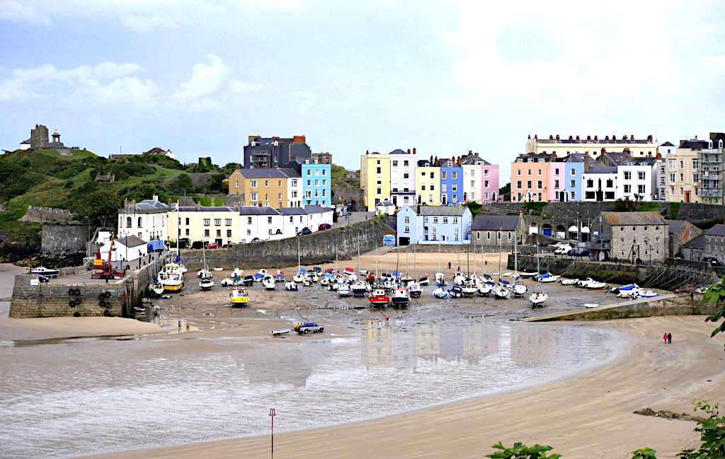 Best small hotels in south west wales for Best little hotels
