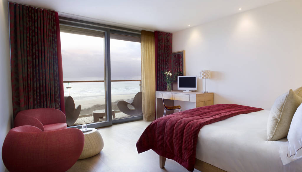 double room, balcony, sea view