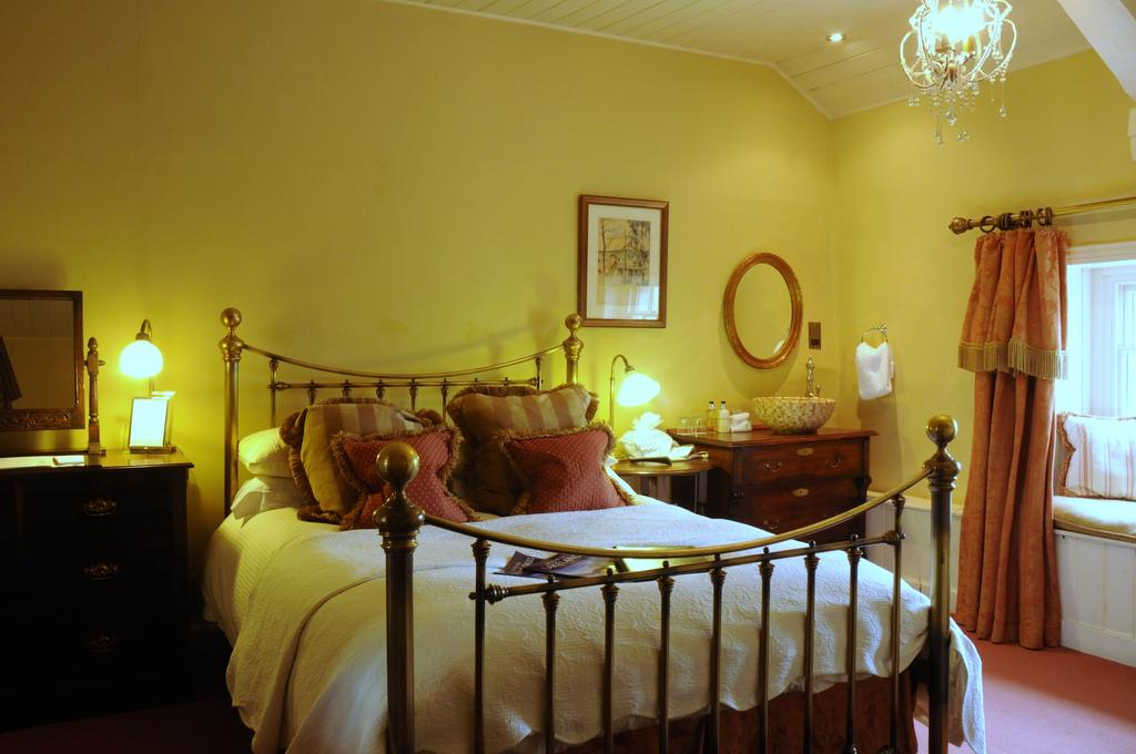 Pleasantly old-fashioned room