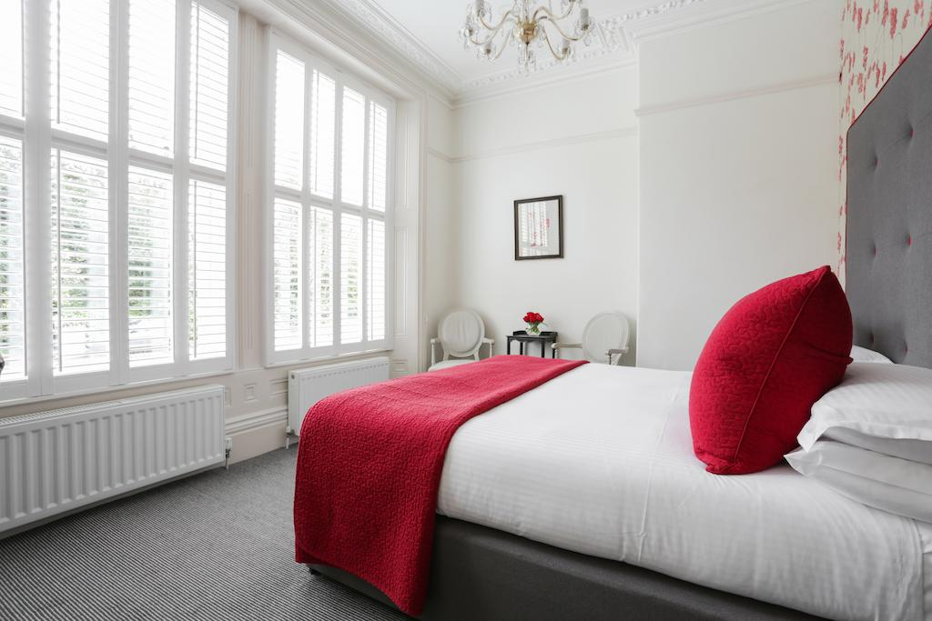 Deluxe Double Room, Bath hotel