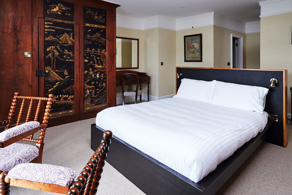 Double room with kingsize bed